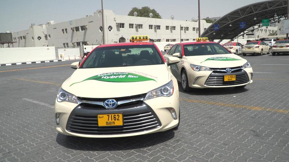 Из аэропорта Дубай в город на такси