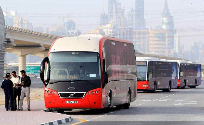 На автобусе в аэропорт Дубаи