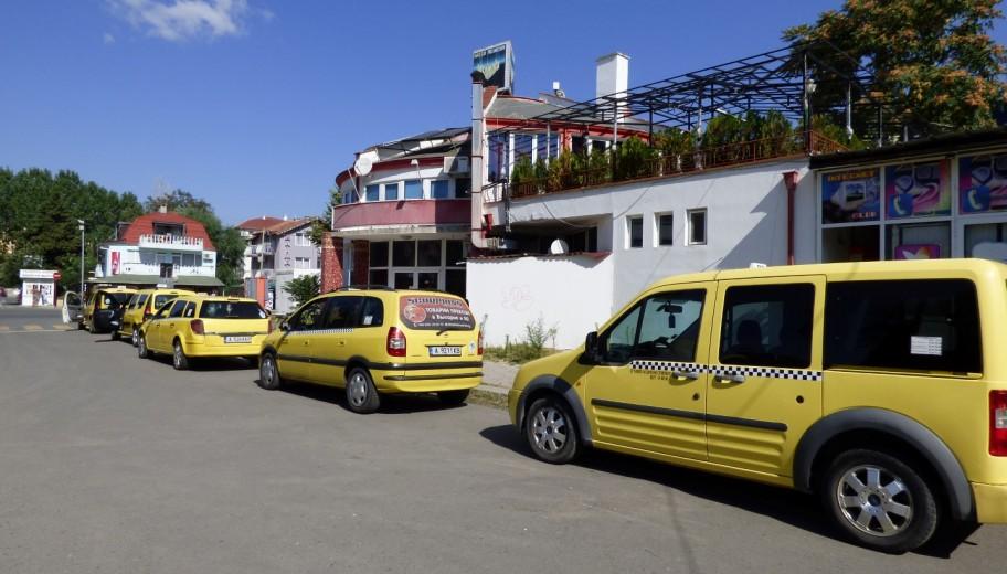 Трансфер из аэропорта Бургаса до отеля