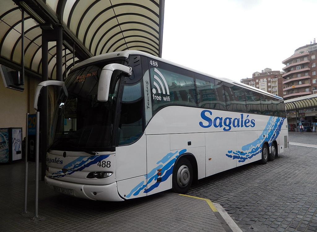 Автобус из Барселоны в Калелью