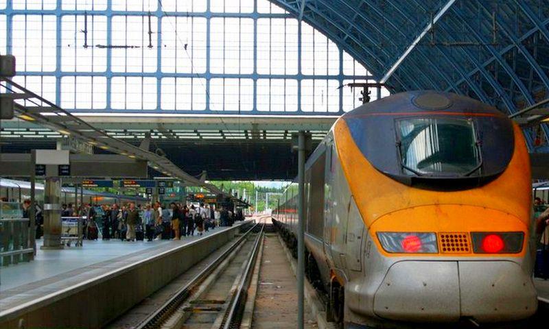 Поезд из аэропорта Брюсселя в город