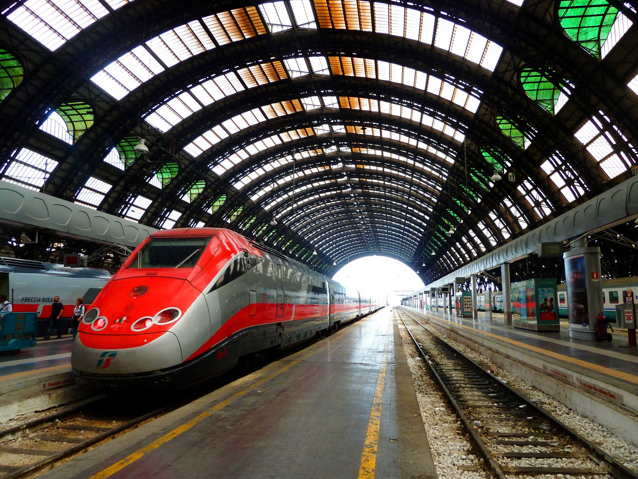 Поезд из аэропорта Бергамо в Милан