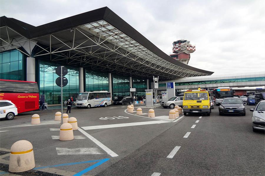 Такси из аэропортаФьюмичино в Рим