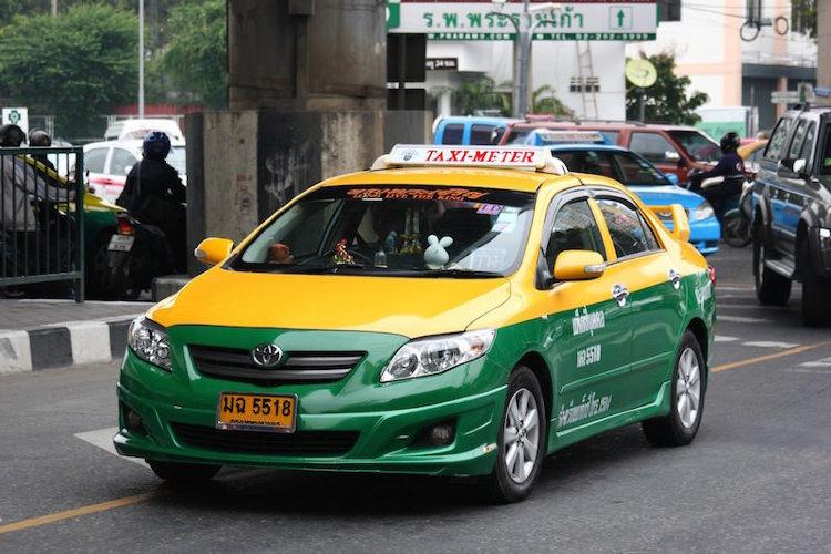 Такси из аэропортаСуварнабхуми в Паттайю