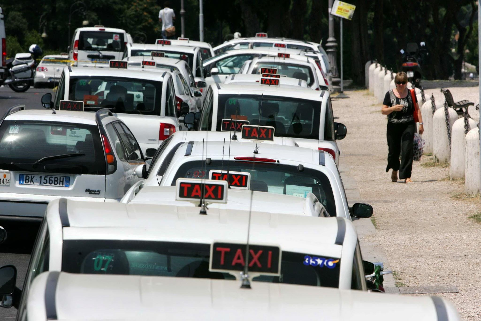 Такси из аэропорта Бергамо в Милан