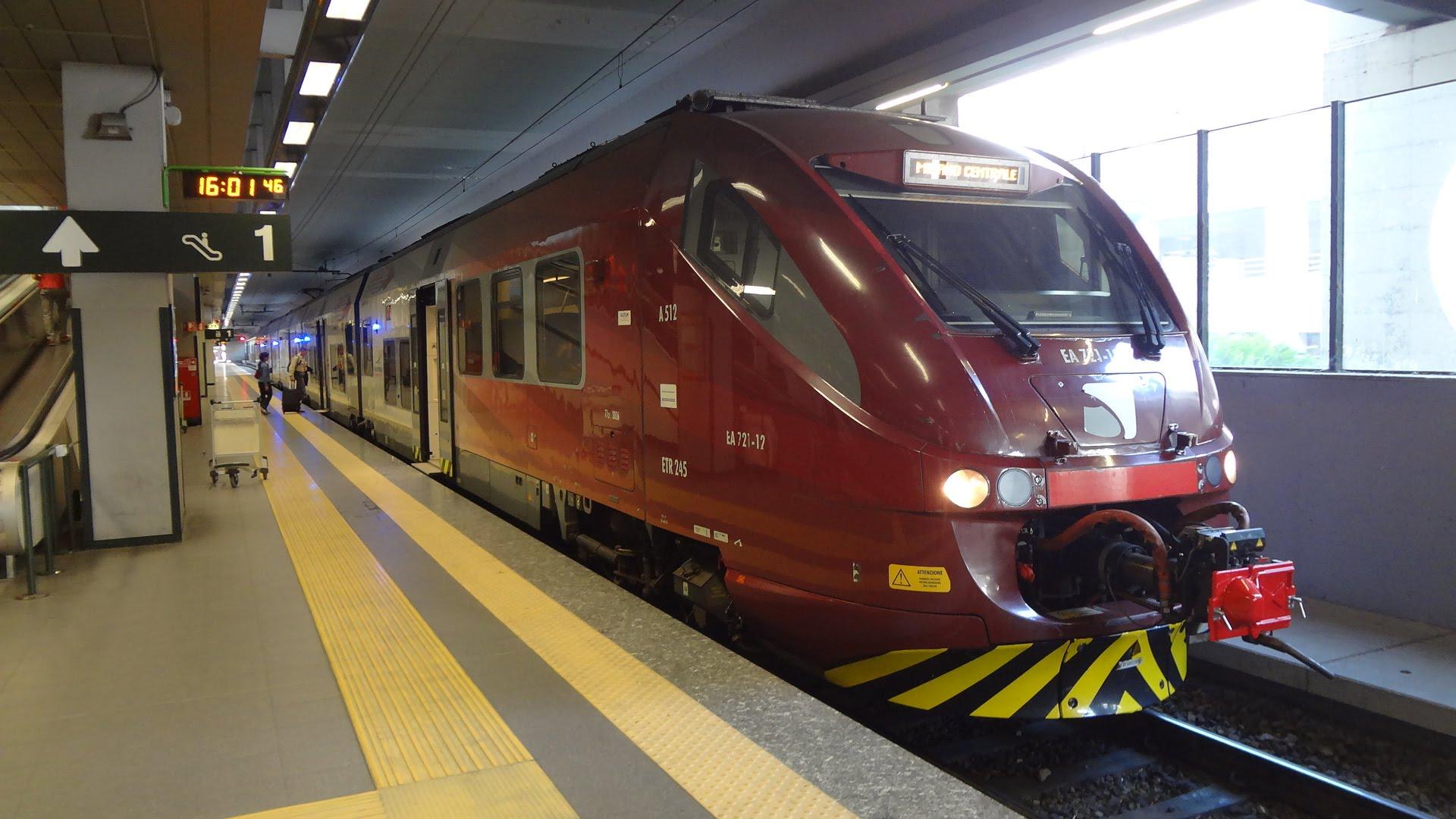 Поезд из аэропорта Мальпенса в Милан