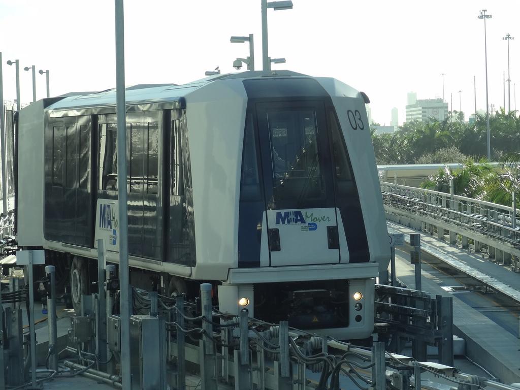 Поезд из аэропорта Майами в город