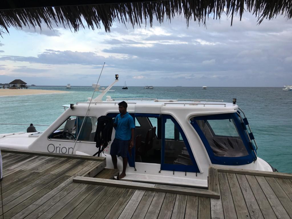 Катер из аэропорта Мальдив