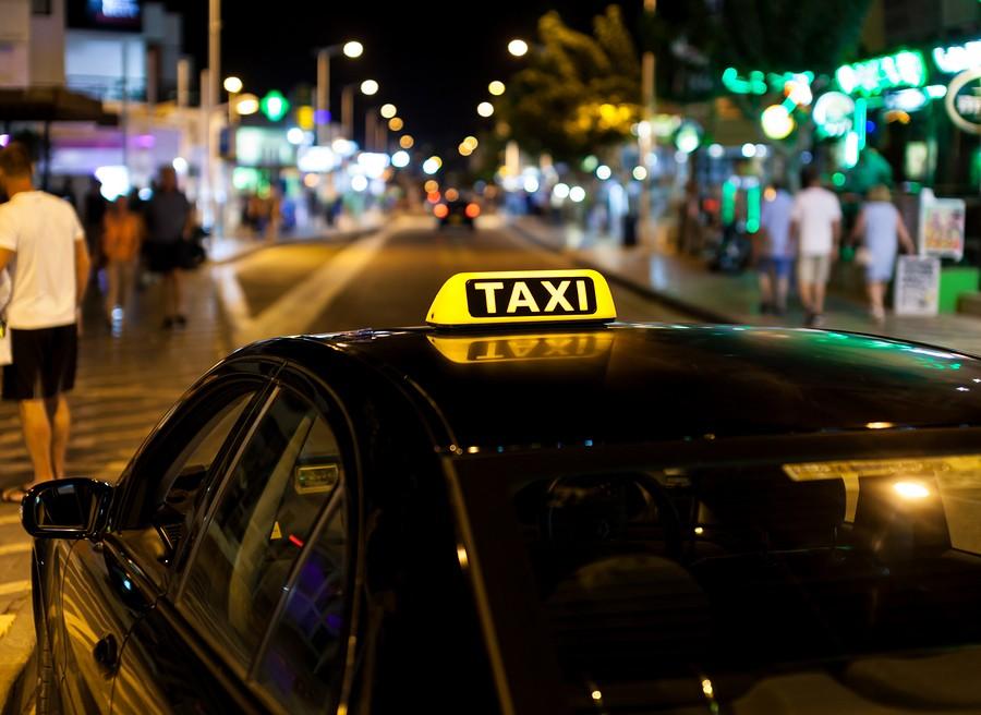 Такси из Санкт-Петербурга в Пушкин