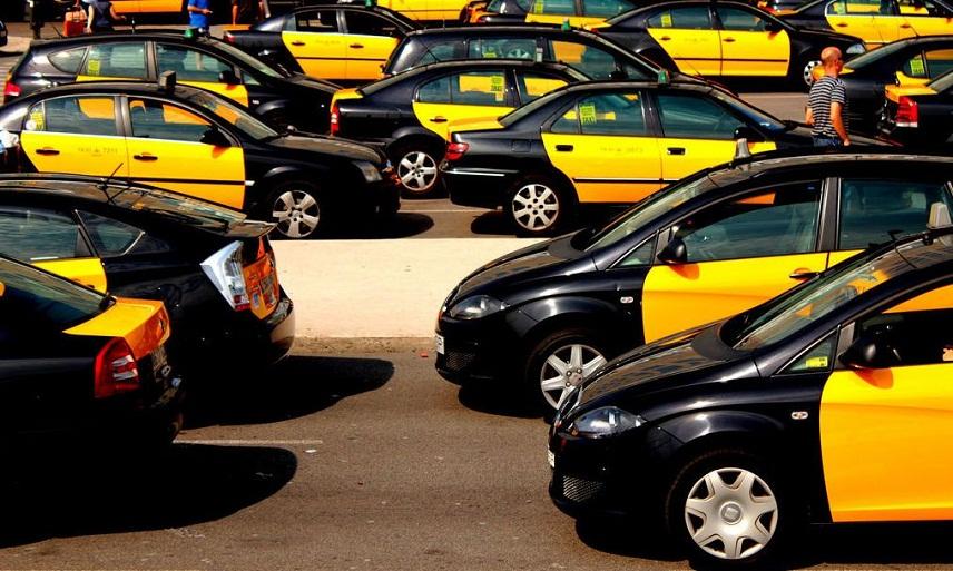 Такси из Барселоны вЛлорет де Мар