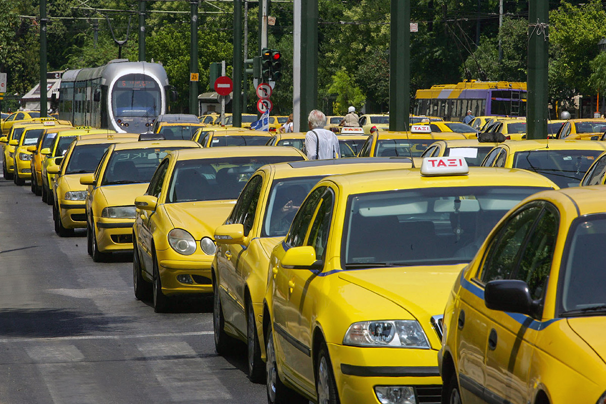 Такси из Ираклиона вХерсониссос