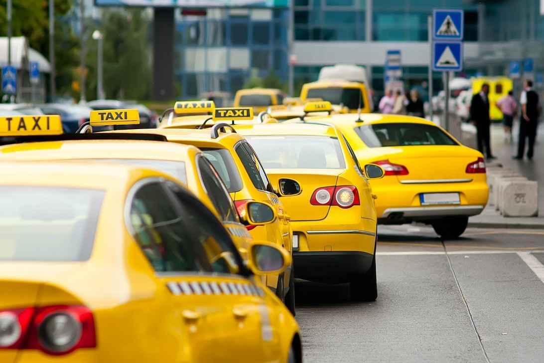 Такси из Москвы до Внуково