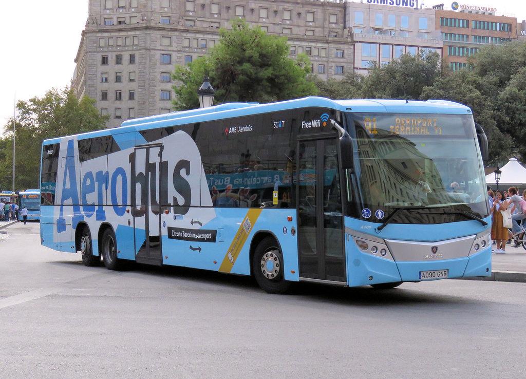 Автобус из аэропорта Барселоны до вокзала Сантс