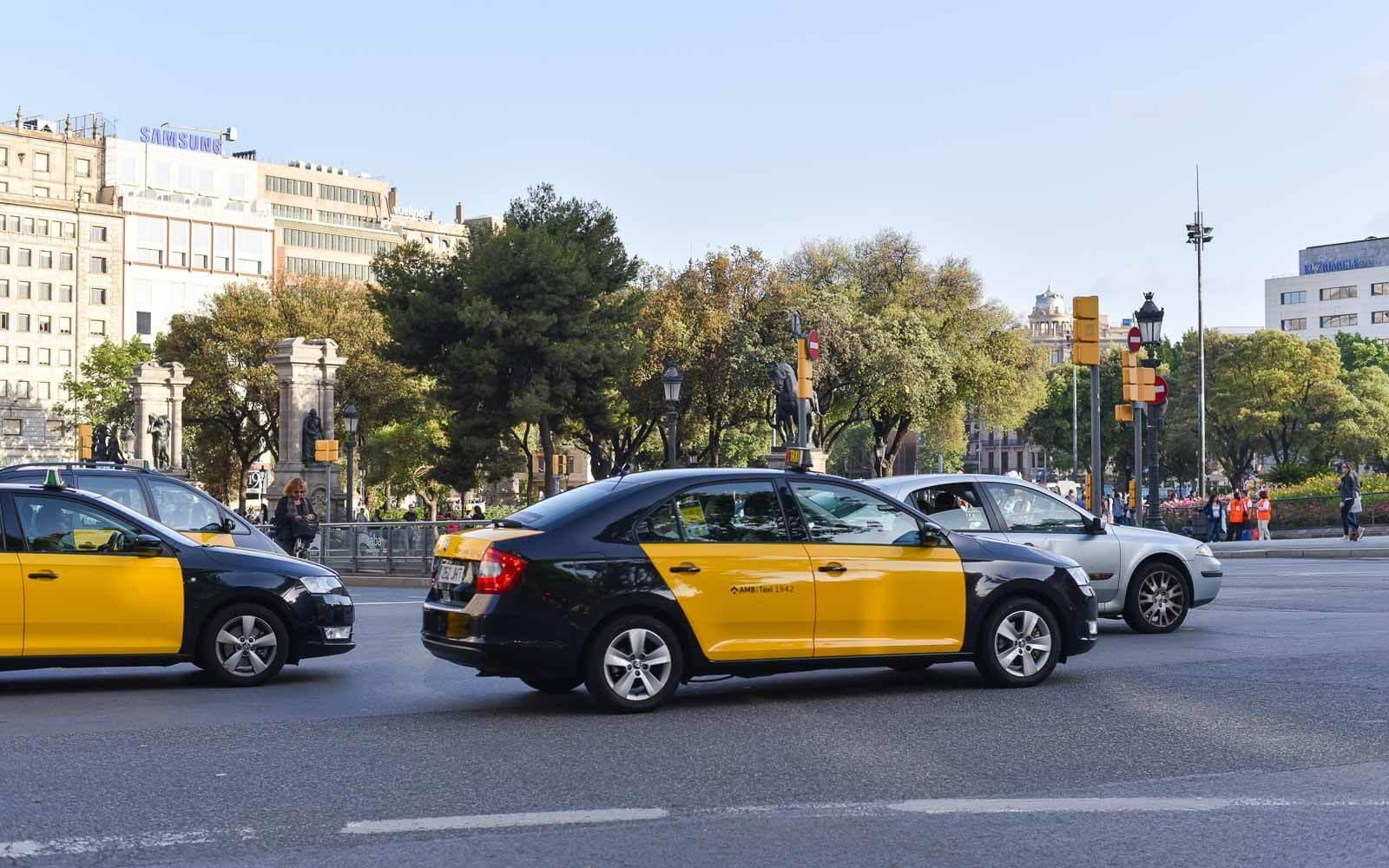 Такси из аэропорта Барселоны до вокзала Сантс