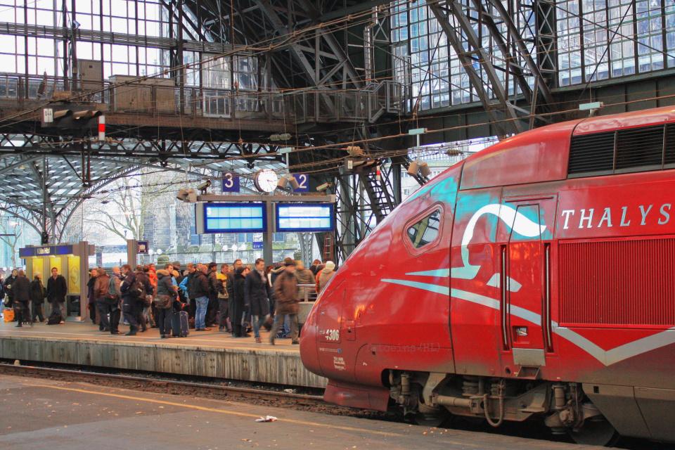 Поезд Амстердам-Брюссель