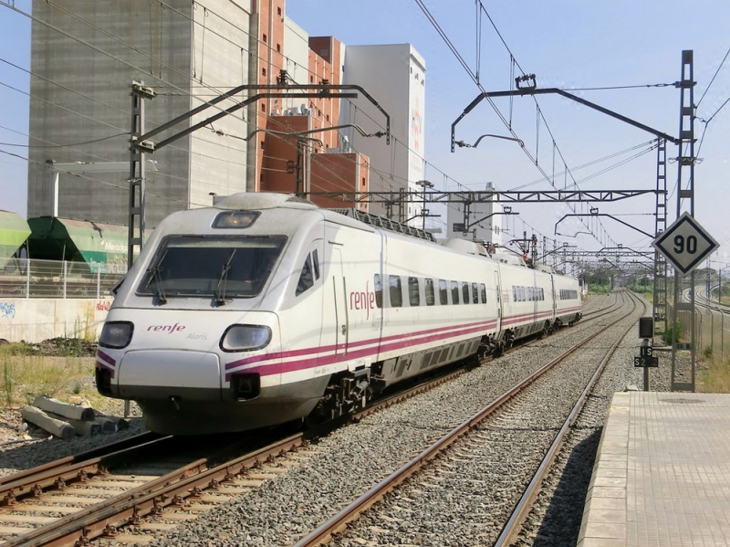Поезд из Барселоны в Мадрид
