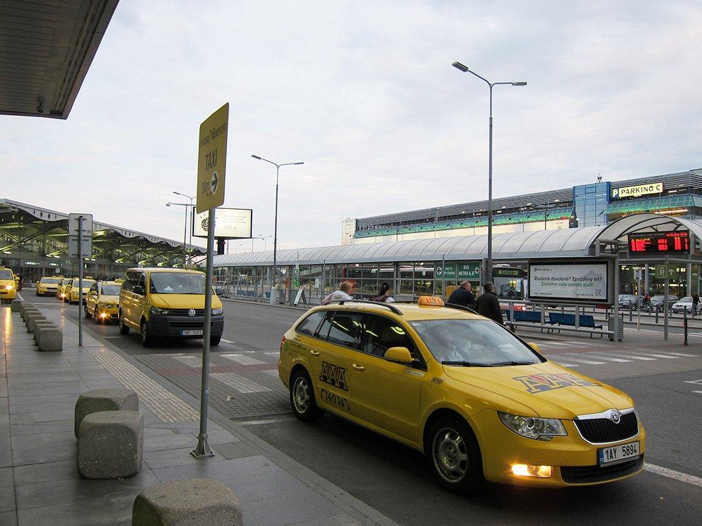 Такси из Мюнхена в Прагу: цены